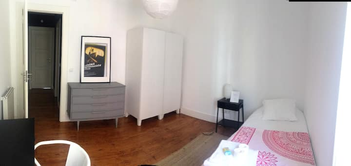 The Residence Room 7