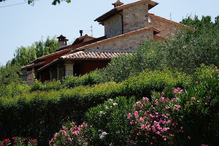 Luxurious Villa in Vasciano Umbria with Private Pool