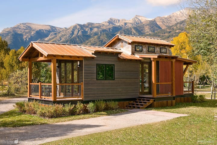 Ski/Summer Jackson Hole Cabin! ~ up to 6 guests!