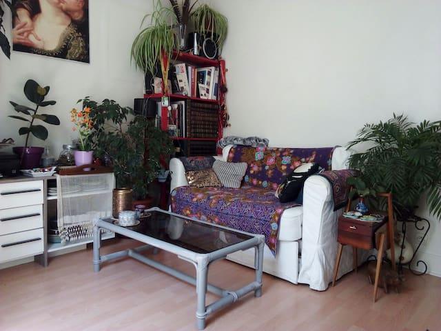 2 pieces, 30 m2, calme, quartier Ménilmontant