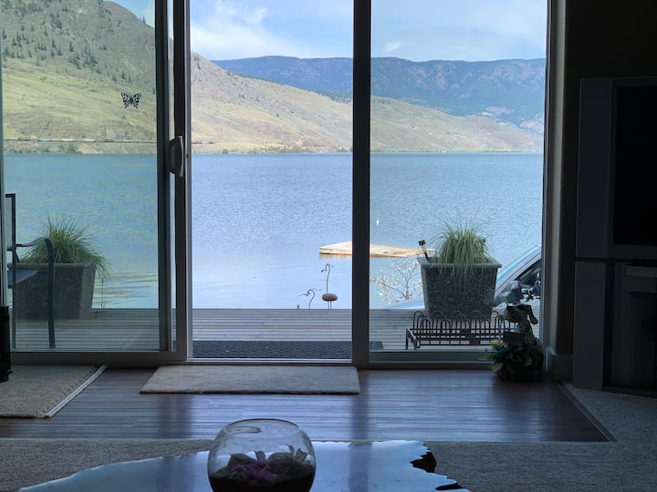 Waterfront Home in beautiful Savona, Kamloops Lake