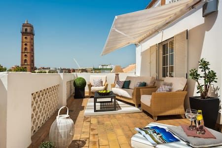 NEW! CENTRAL PENTHOUSE WITH PRIVATE TERRACE + A/C