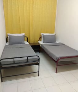 Homestay Seremban 1 bedroom with Aircond for 2 pax