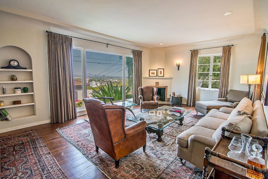 3 Bedroom Beside Chateau Marmont Houses For Rent In Los