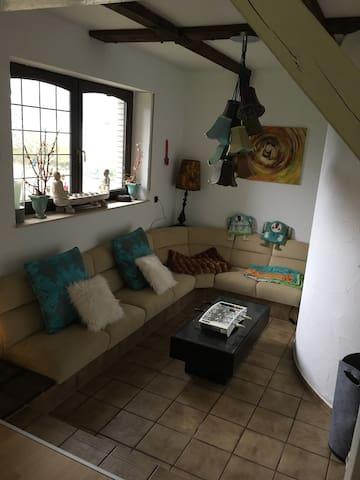 Villa Kunterbunt - Verl - Ház