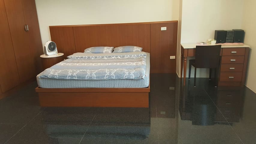 Toucheng Home Stay-Couple classic suite - Toucheng Township - House
