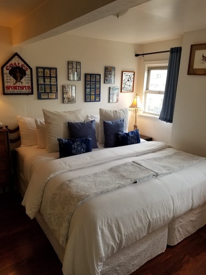 Private Room King/Twin bed Sentara Norfolk Ghent