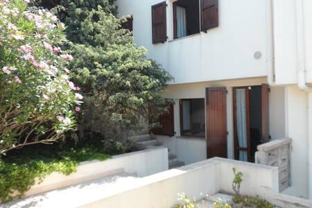 Splendido   Bilocale sul mare a Calasetta - Calasetta - Appartement