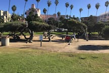 La Jolla Cove park 1 mile away