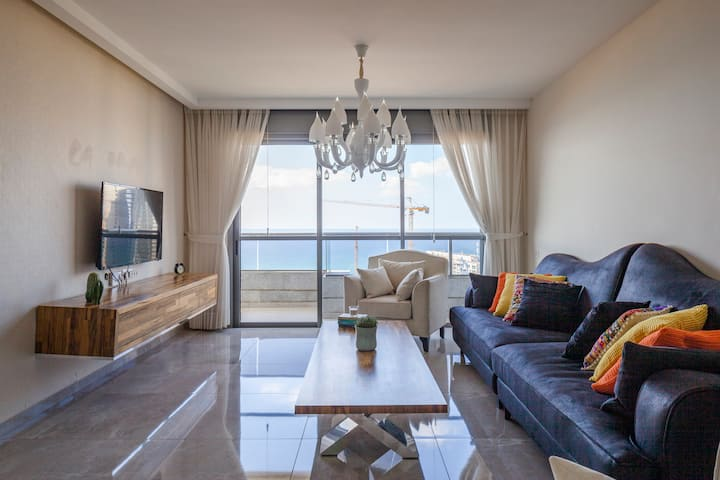 Luxury Mini Penthouse Sea View Best Loc. Bat-Yam.