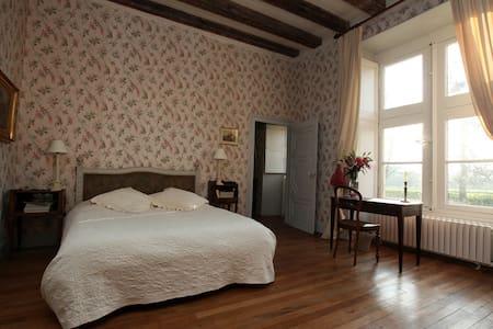 Chambre aux oiseaux - Château de Cheronne - Tuffé - 城堡