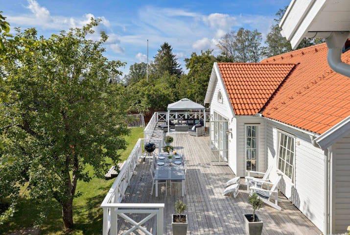 Magisk villa & boende i populära Danmark Uppsala!