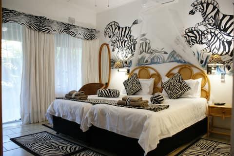 Bhangazi Lodge 4 Star Bed & Breakfast
