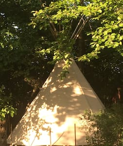Tipi in the wild and lost garden! - Gotland S