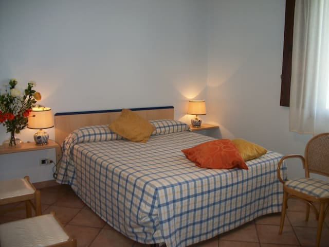 Appartamento Le Poiane - San Piero Patti - Bed & Breakfast