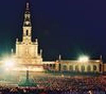 Fatima - Nazaré - Leiria - Dům