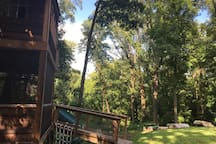 The treehouse is situated at the top of a hill above Richmond's James River, so it feels like you're high up in the tree canopy!