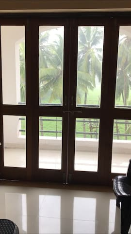 Residential 2 BHK flat on rent for family only