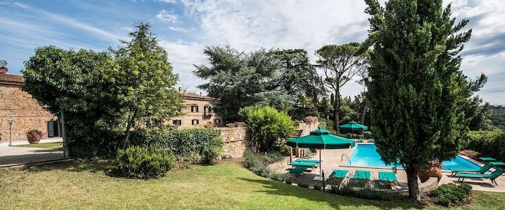 Luxury Villa in Tuscany Villa Piaggia
