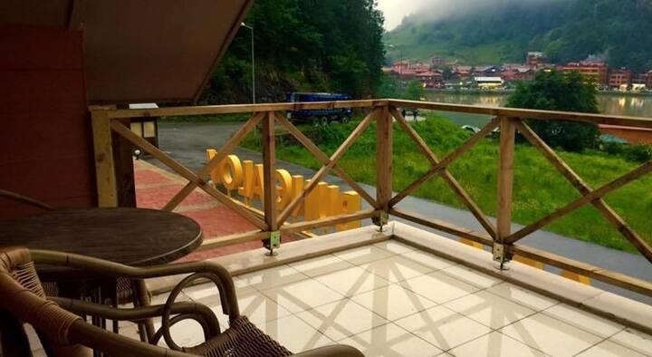 Uzungol beautiful hotels near the lake
