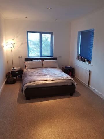 Very Spacious Double Bed Room