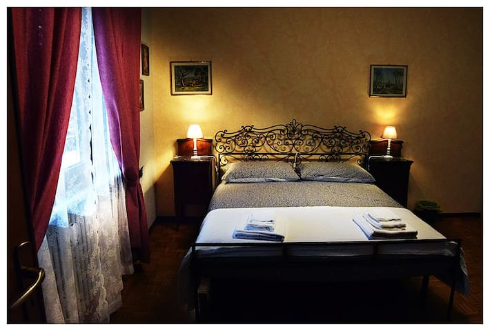 "FLU Bed and breakfast camera ""TICINO"""