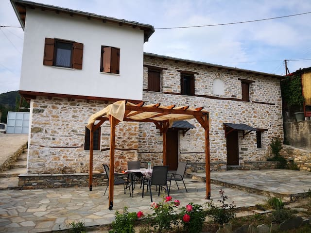 Effrosini Traditional home