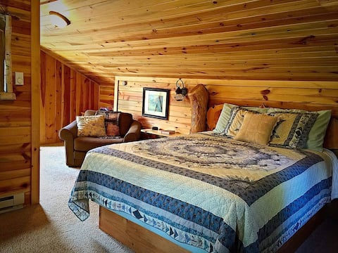 Silver Lining Cabin in the Black Hills near Mount Rushmore