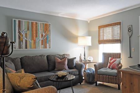 Renovated 2 Bedroom Beach Villa 2124