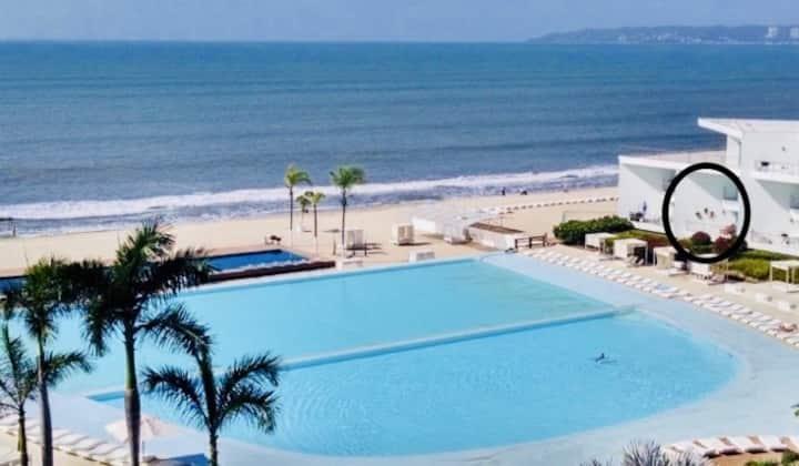 Beachfront Condo in Nuevo Vallarta that sleeps 4