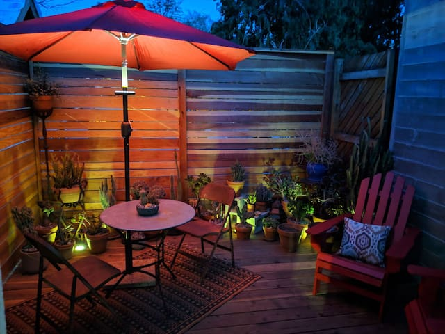 Echo Park Tiny House With Private Deck