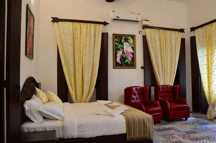 Luxurious Suite in Heritage Home near Mapusa Goa - Mapusa - Boutique hotel