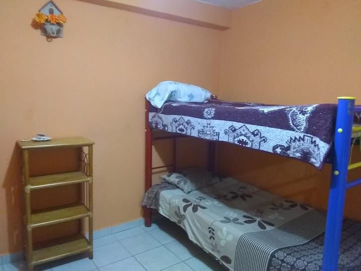Hostal & Hotel Con Regaderas, Pedro Escobedo
