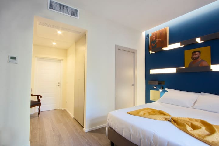 NEW ROOM IN CENTER WITH PRIVATE BATHROOM Turchese - Roma - Apartment