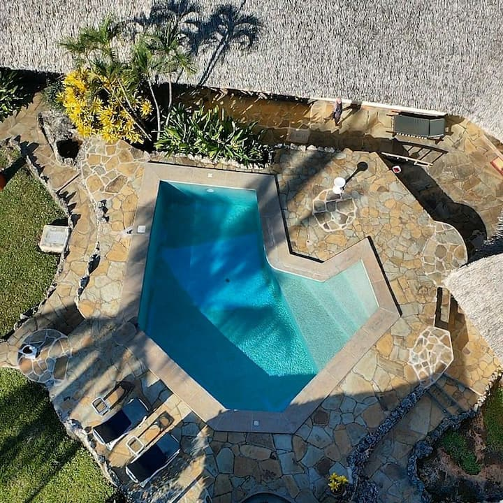 Private Villa with Private Pool next to the BEACH