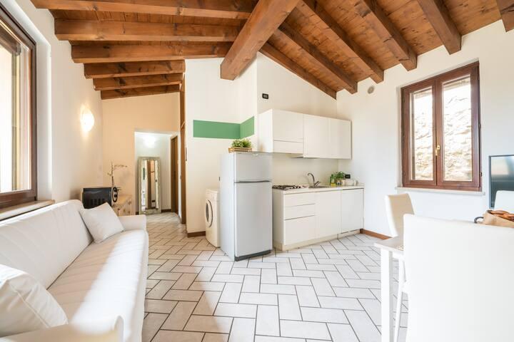Bright Apartments Moniga - Castel Bells 2