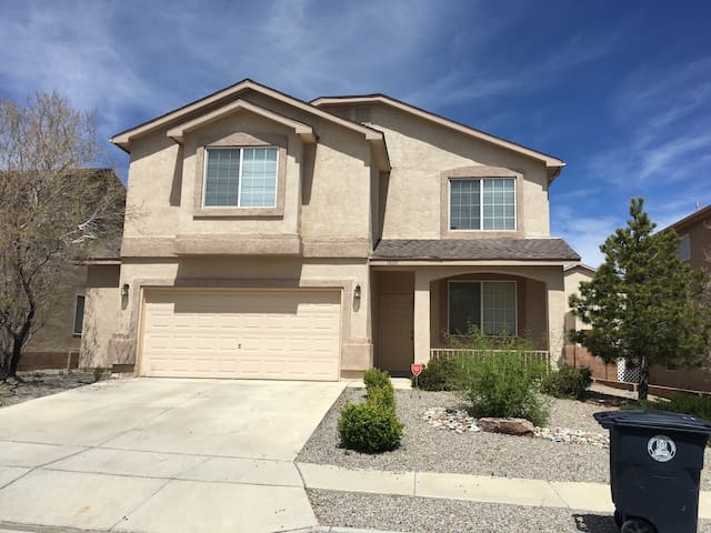 ABQ Getaway - Albuquerque - House