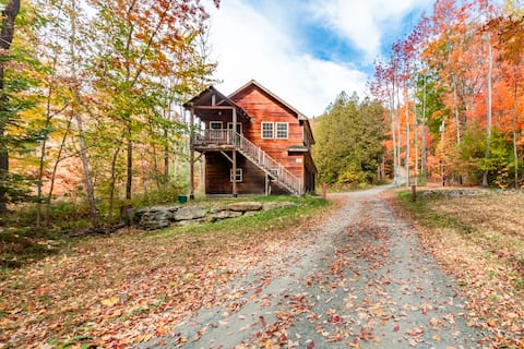 Cozy Cabin on 25 acres in the Great North Woods