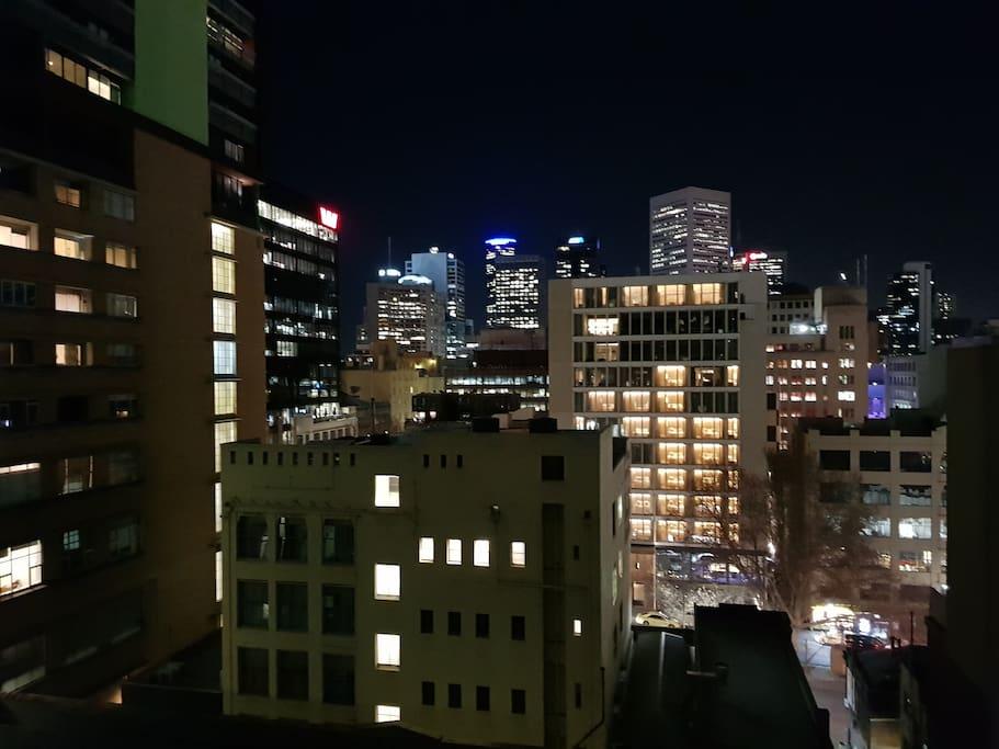 1 Room Apartment Melbourne