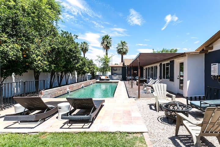 Bohemian Bungalow - Downtown Phoenix/Pool/Sleeps 6
