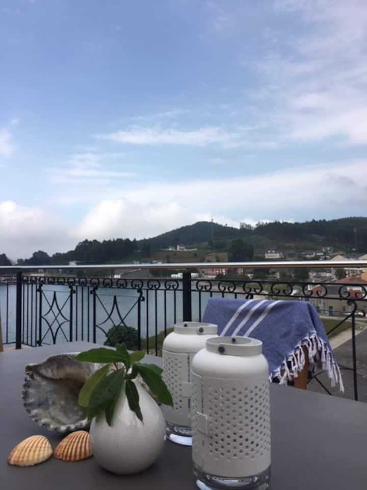 Un ático con vistas al mar