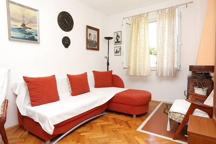 Two bedroom apartment near beach Žuljana, Pelješac (A-10112-a) - Žuljana - Apartment