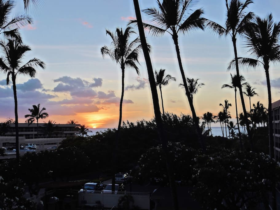 Sunset and ocean views from your lanai directly across Kamaole Beach Park II