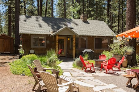 Walk to Lake/Beach Rustic Lux Cabin - South Lake Tahoe - Cabin