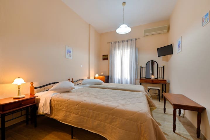 Double or Twin  Room in Villa Aegeon no8