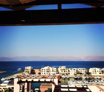 2 & a half bedrooms + Maid's room - Aqaba