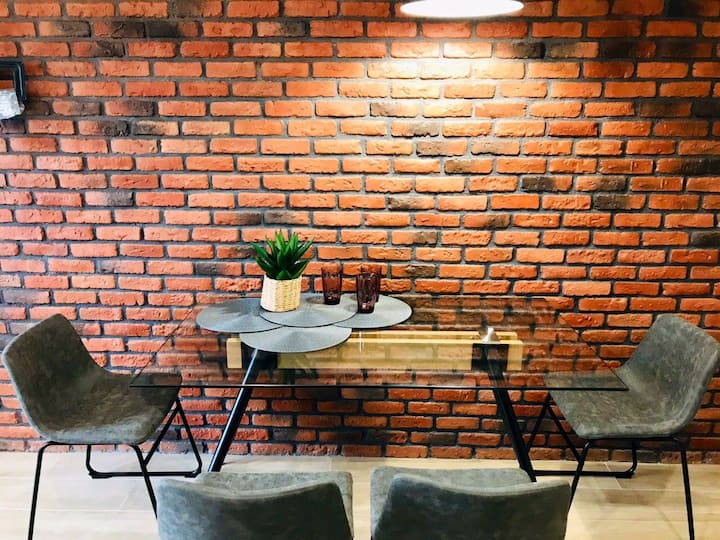 N17/91 Kostjukowski Apartments