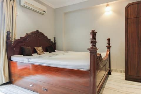Raj's Gariahat|Kitchen|Cozy Room|WiFi|AC