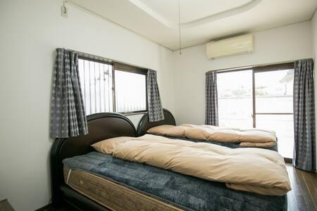 [B]大阪关西机场附近提供接送机服务 车程15分钟 坐地铁15分钟 二色浜地铁站步行5分钟 - Kaizuka - Casa de camp