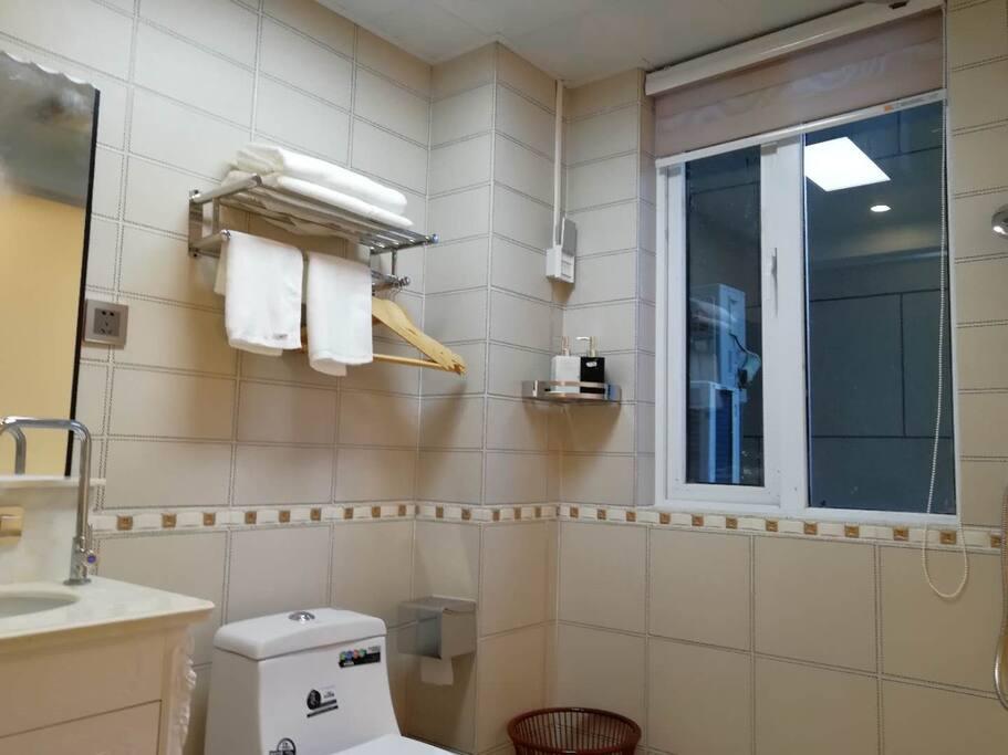 标间洗手间